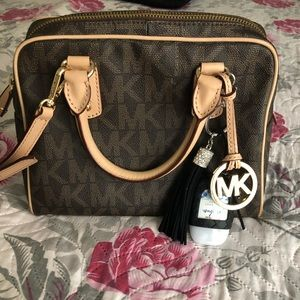 Authentic Michael Kors handbag/Crossbody